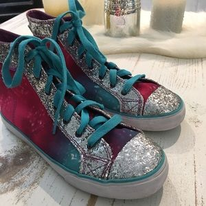 AIRSPEED SILVER GLITTER, CANVAS SNEAKERS SZ. 9